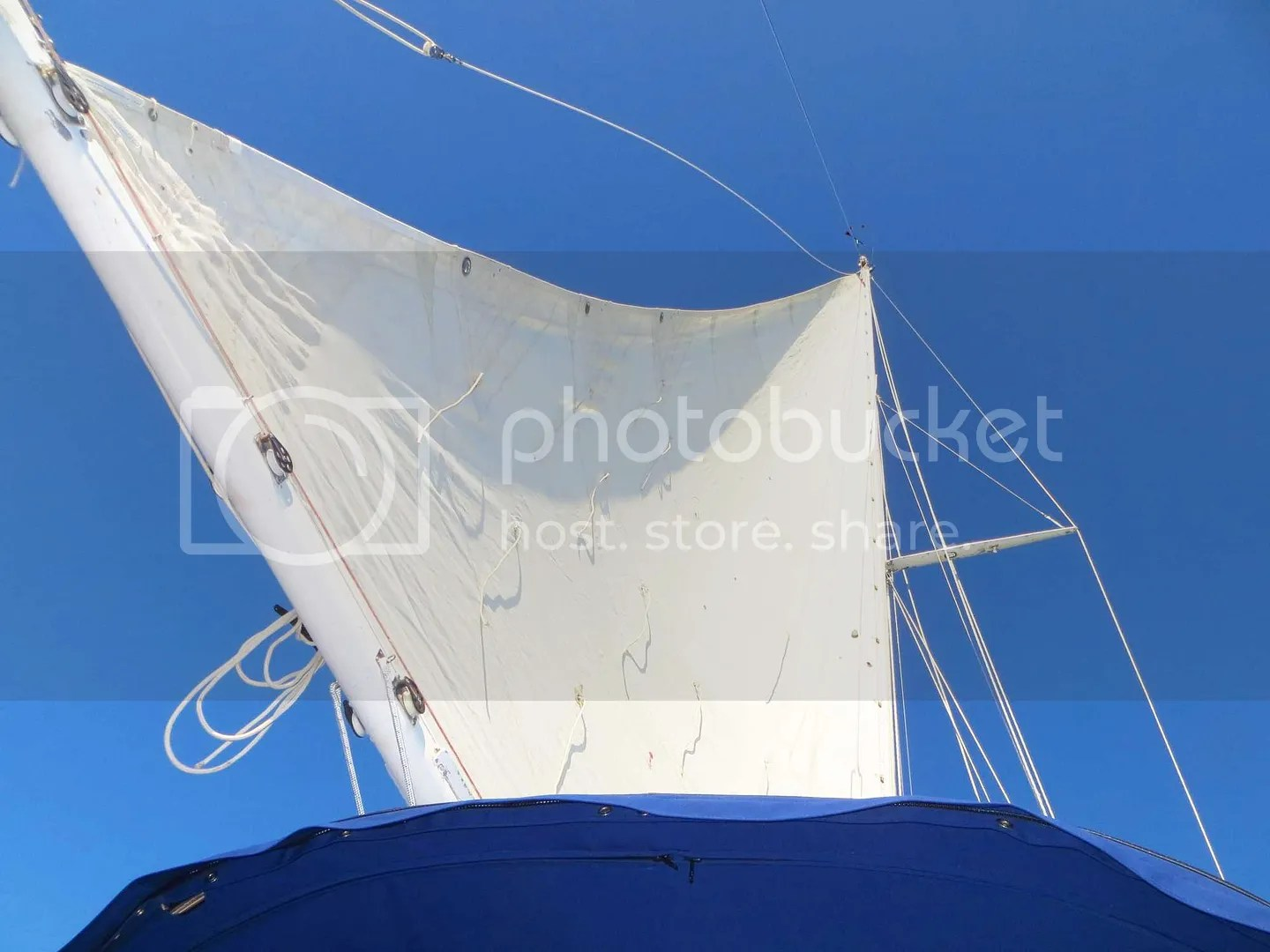 The mainsail underway