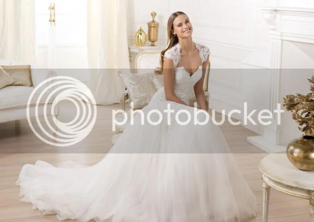 New Cap Sleeve A-line Wedding Dress Elegant Simple Lace