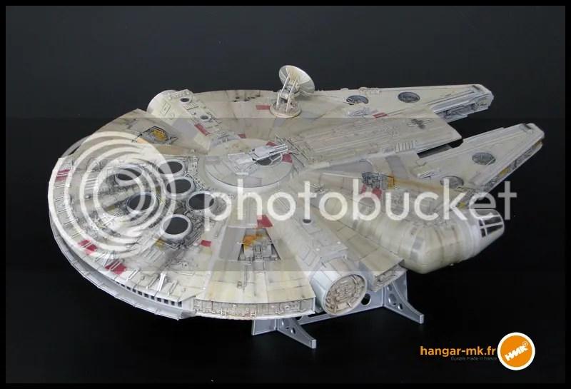 millenium falcon, star wars