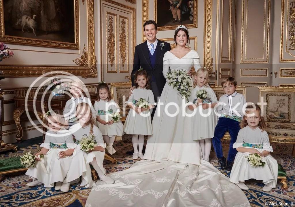 photo casamento-princesa-eugenie-foto-oficial-daminhas-pajens.jpg