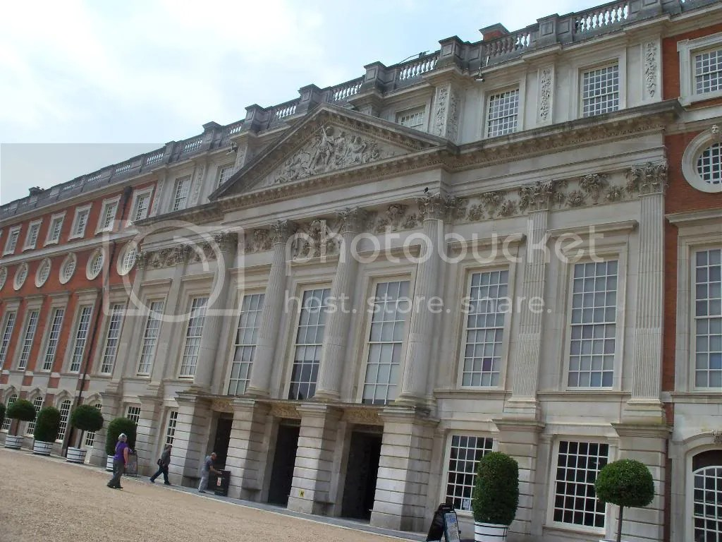 The William & Mary wing: Christopher Wren's Baroque addition