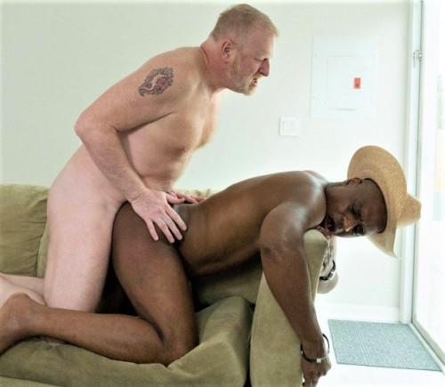 Rod Rockhard And Rusty McMann (Bareback That Hole)