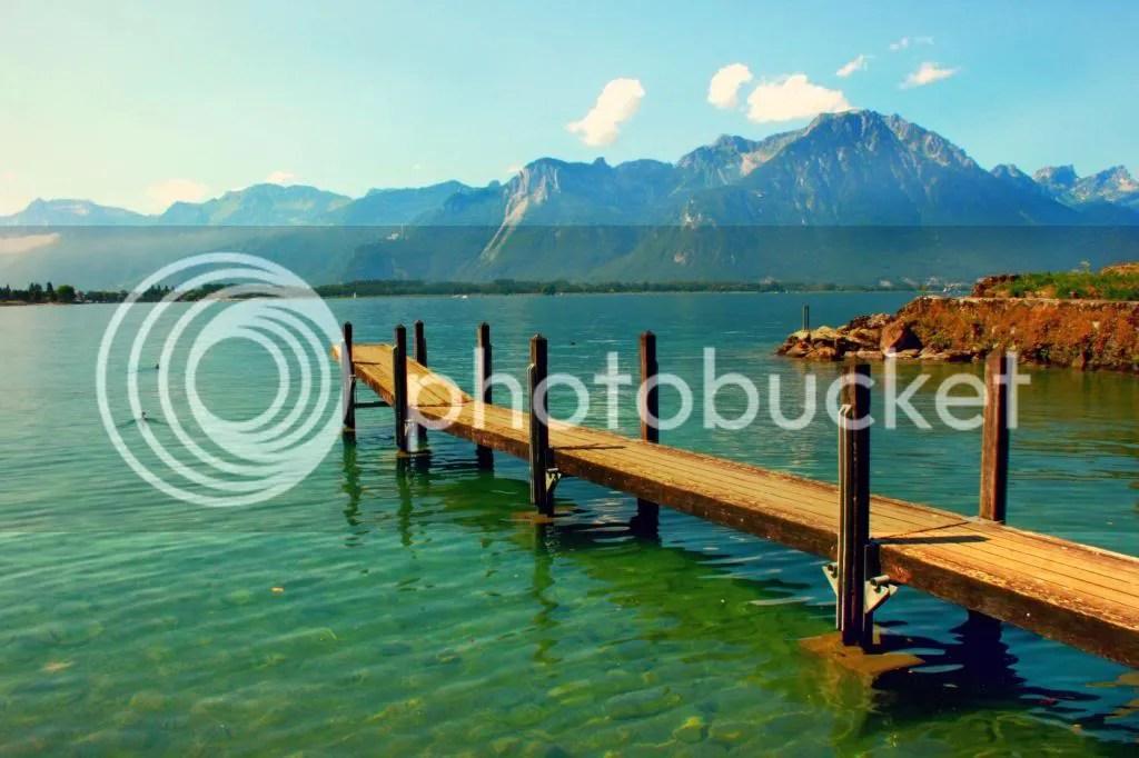 A Sunny Day on Lac Léman