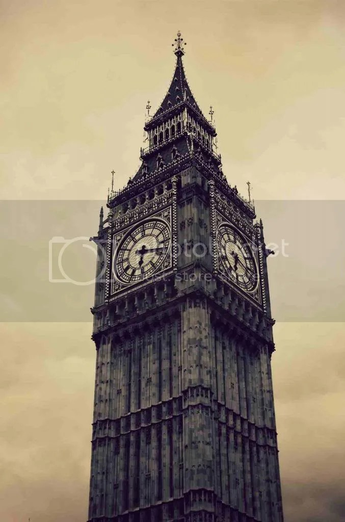 Big Ben at 6:18