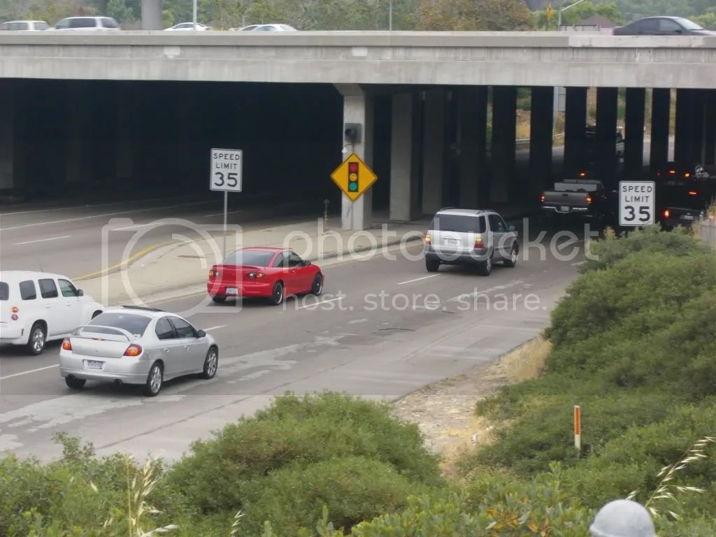 Cars on Fairmont going beneath underpass