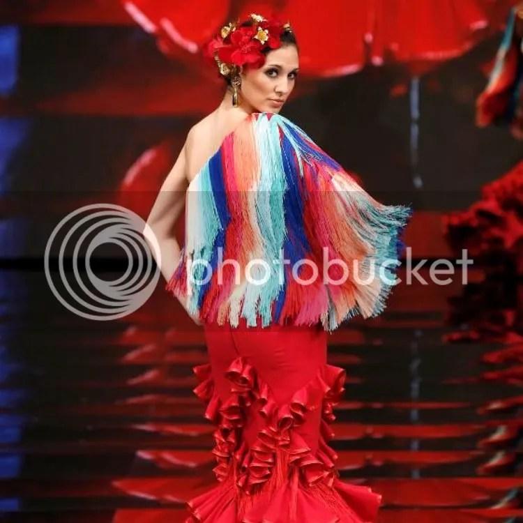 ana moron feria de abril moda flamenca beitavg milhojasrosas