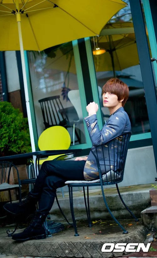http://s1147.photobucket.com/albums/o550/JYJThree/2012/November/KJJ%20Korean%20Interviews/Osen/?action=view&current=201211150432771088_50a3f1eabc109.jpg