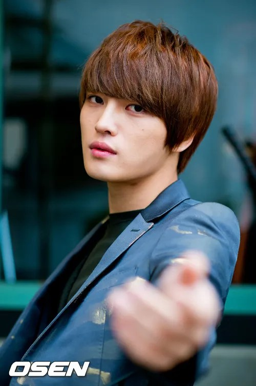 http://s1147.photobucket.com/albums/o550/JYJThree/2012/November/KJJ%20Korean%20Interviews/Osen/?action=view&current=201211150434778700_50a3f2598ff8e.jpg