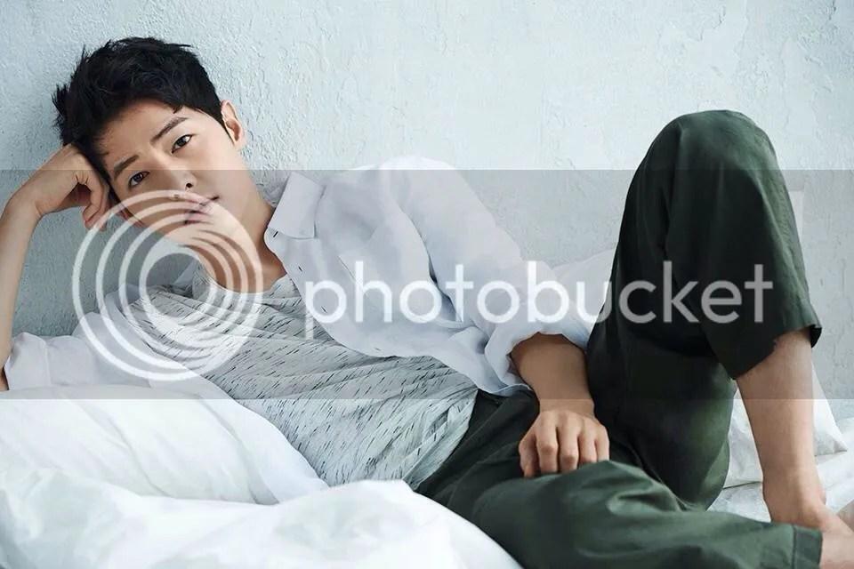 Song Joong Ki para TOPTEN, verano del 2016. 26