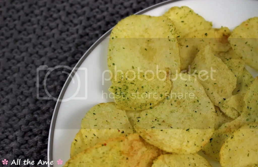 photo Calbee Salt and Seaweed Crisps_zps8ougqwld.jpg