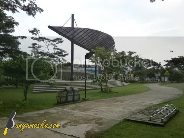 Atap Daun