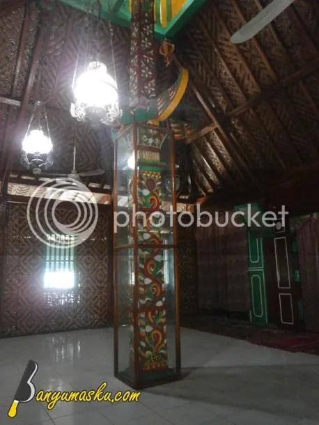 Pilar Masjid Saka Tunggal