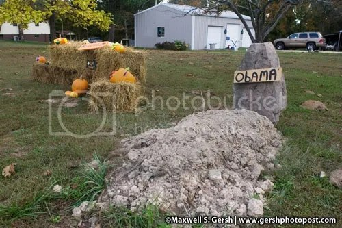 Obama Grave ©Maxwell S. Gersh