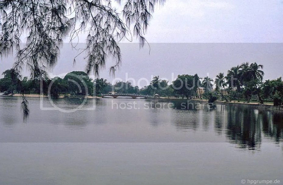 Hà Nội: Hồ ở công viên Lê Nin
