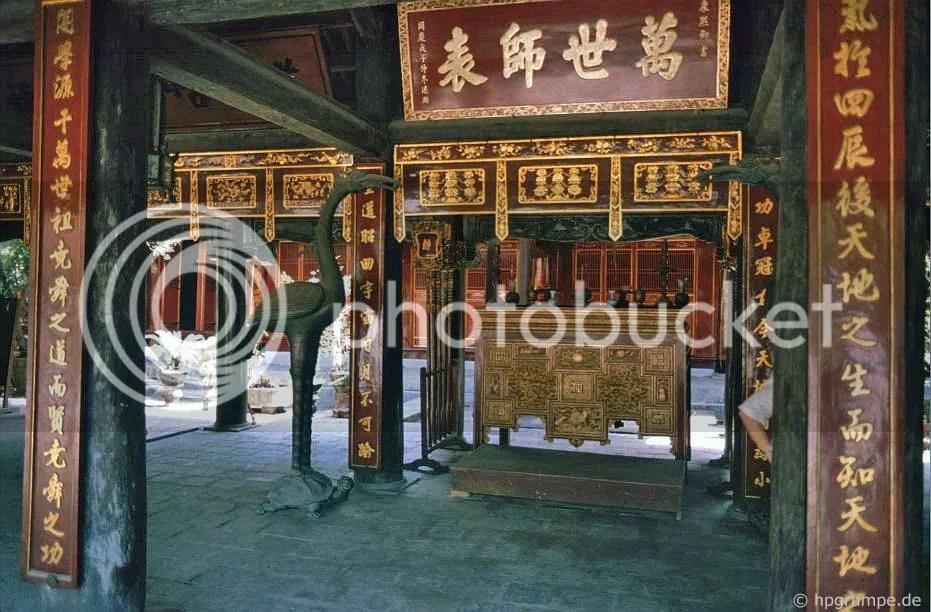 Hà Nội - Văn Miếu Đền Xã
