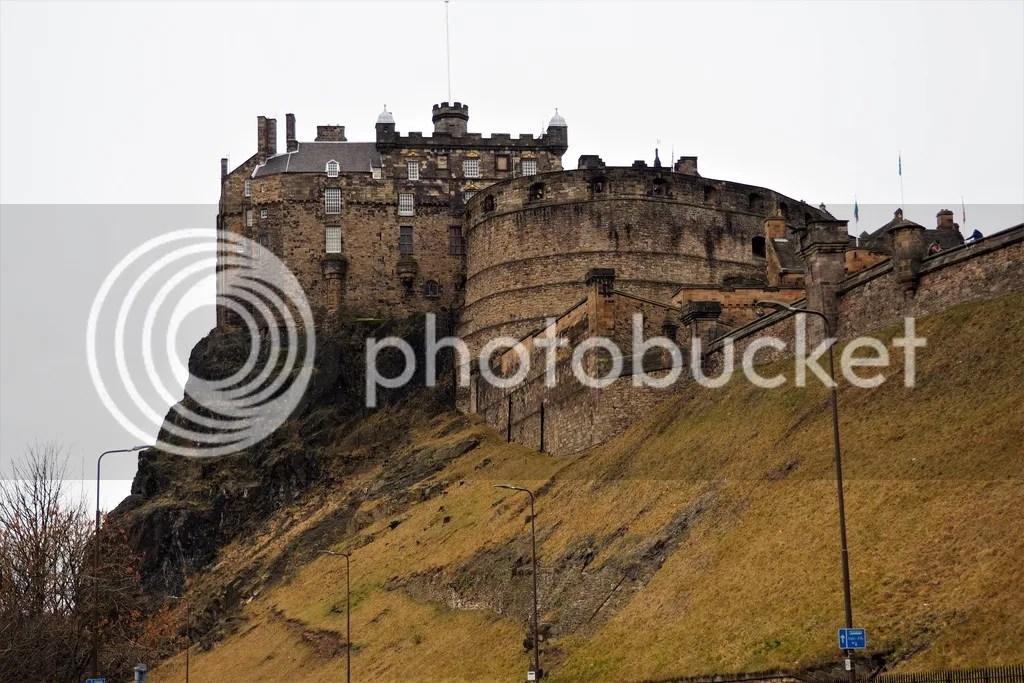 photo Edinburgh_Castle_3_zpsstihpibm.jpg