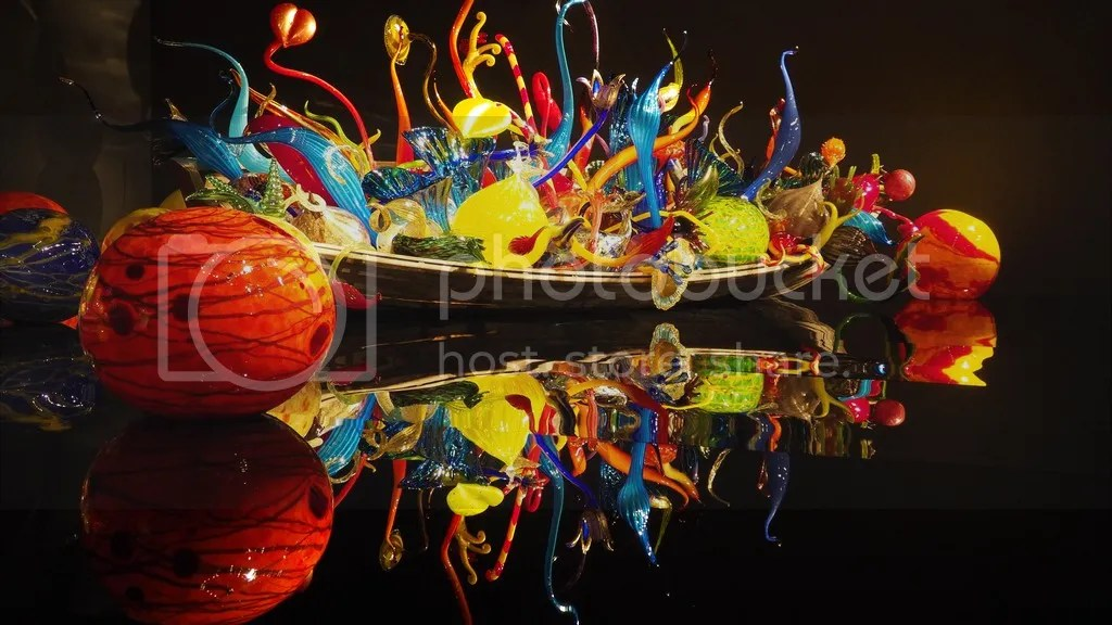 photo Chihuly_Glass_4_zpsgzf00rx2.jpg