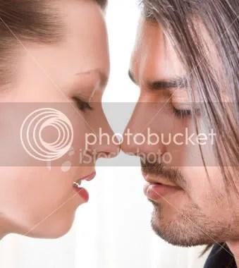 Foto Persiapan Ciuman Mesra | Hot Kissing | Ciuman Penuh Gairah
