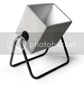 bodenlampe aus beton bodenleuchte theaterscheinwerferoptik grau schwarz