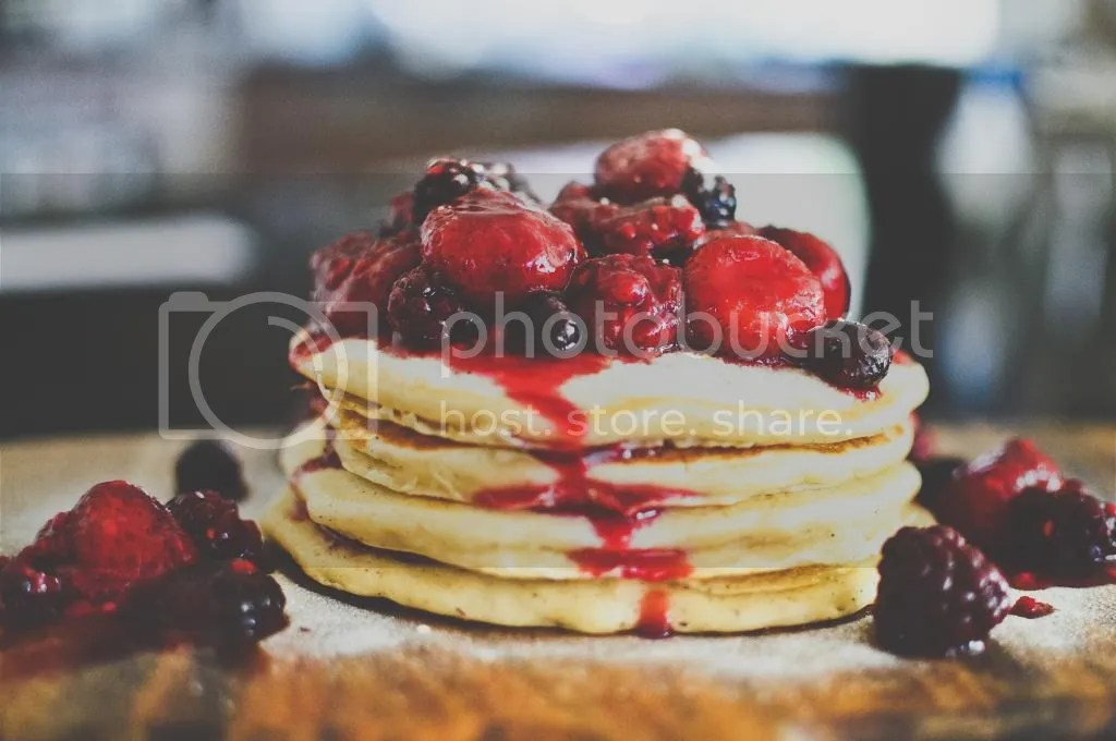 Simple Fluffy Pancakes with Mixed Berry Compote