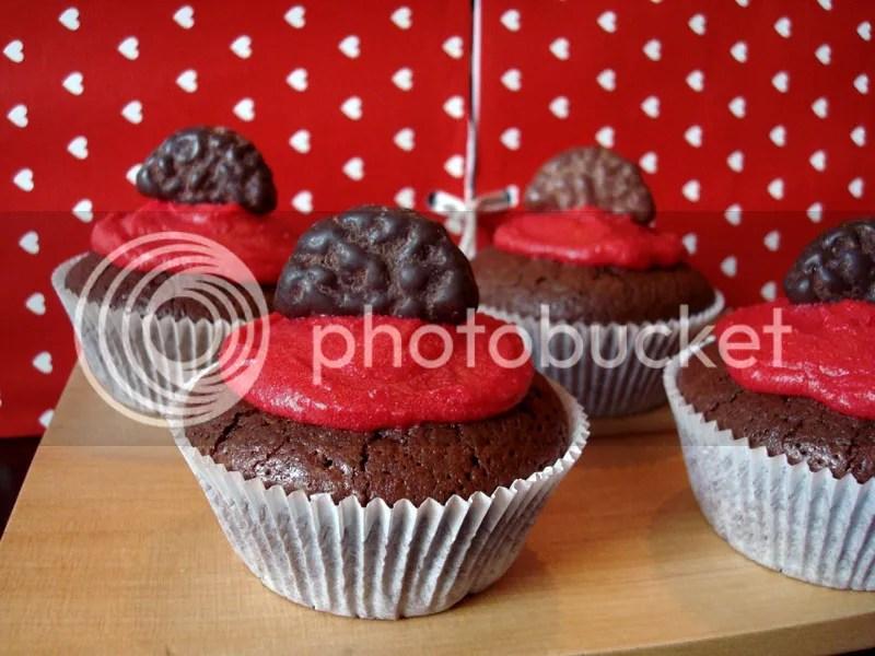 brownie cupcakes mit Dragee Keksi