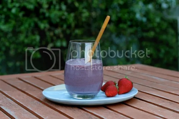 photo Creamy-Cococnut-Berry-Parfait-1200x800.jpg