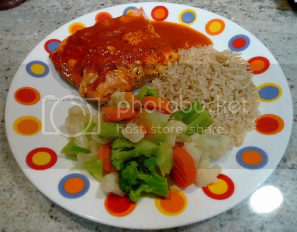 Poached salmon mixed vegetables and brown rice