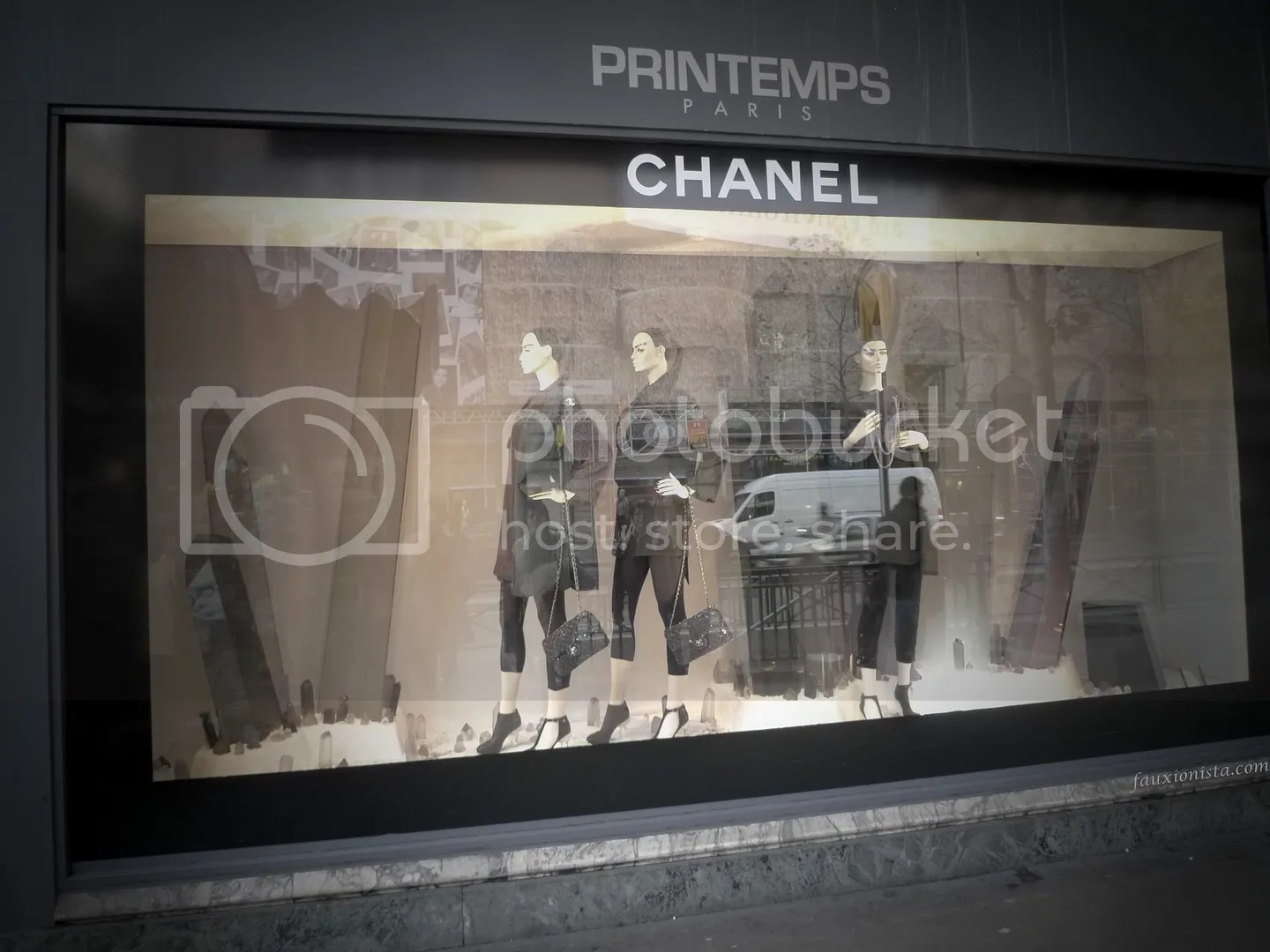 Printemps Chanel window