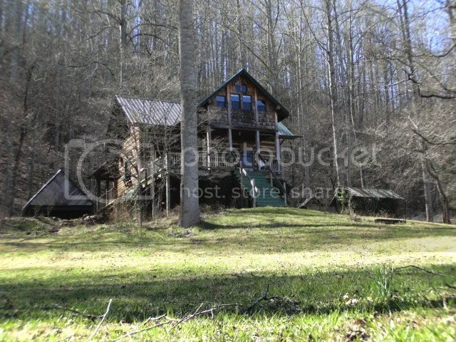 3 bedroom custom log home estate for sale in the mountains of Franklin NC, Bald Head Realty Franklin NC, John Becker Bald Head