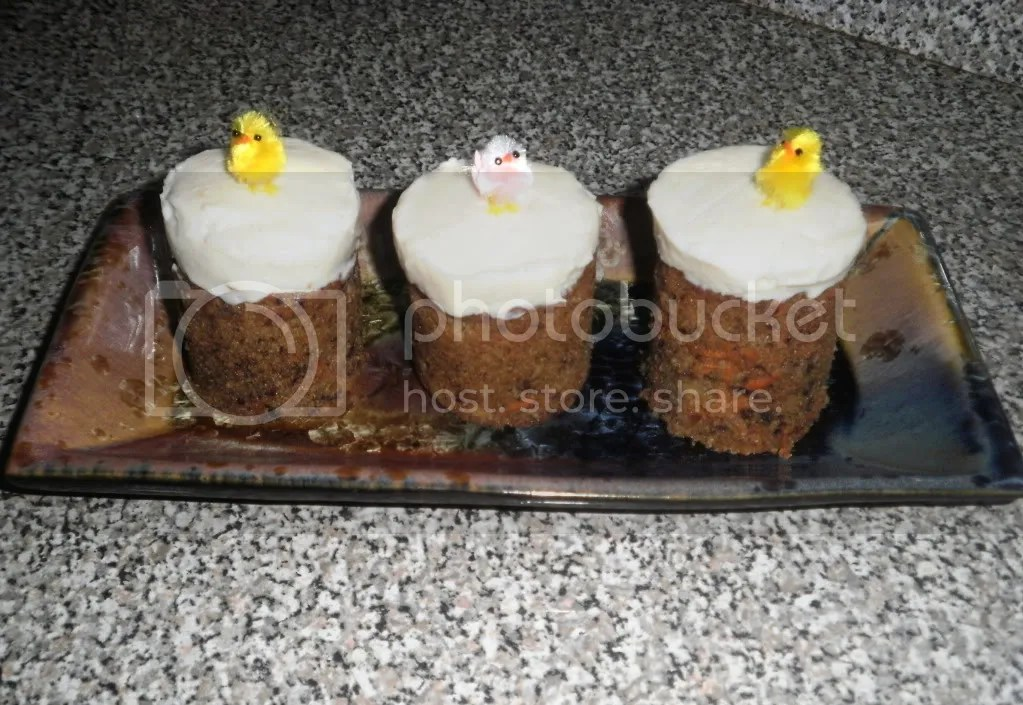 My mini carrot cake towers, with chicks
