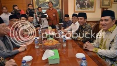 """Peduli Situasi Politik dan Keamanan Bangsa KH. Ma'ruf; """"Presiden Jokowi Segera Lakukan Dialog Nasional"""""""