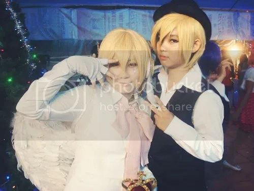 Sinner (cosplayed Kagamine Len) and Silverwolf Himegami (cosplayed Shizuo)