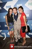 photo vanessa-lachey-seth-green-brenda-strong-fox-summer-tca_3793850_zps66077526.jpg
