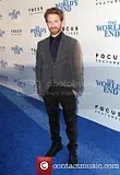 photo seth-green-the-worlds-end-hollywood-premiere_3828404_zpsa104f7ed.jpg