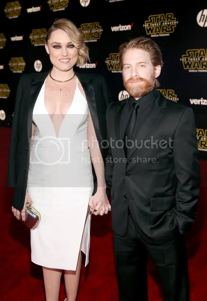 photo SethGreenPremiereStarWarsForceAwakensIfxxS9py_hGx_zpscewqcltl.jpg