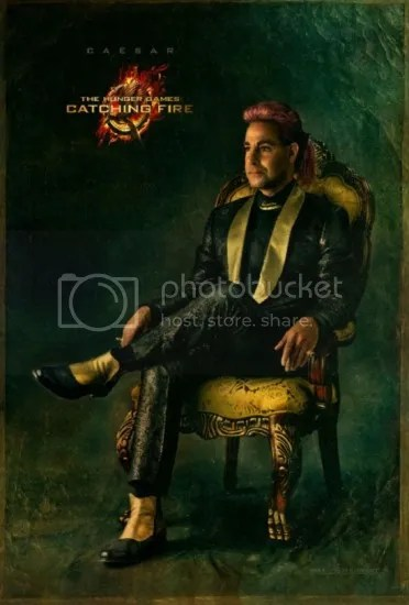 Stanley Tucci como Caesar