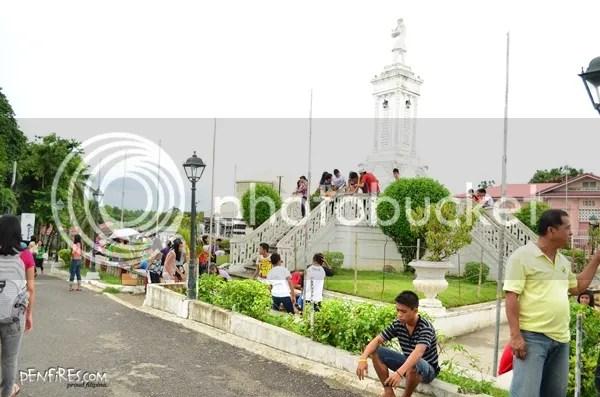 Carcar Plaza Rizal Statue