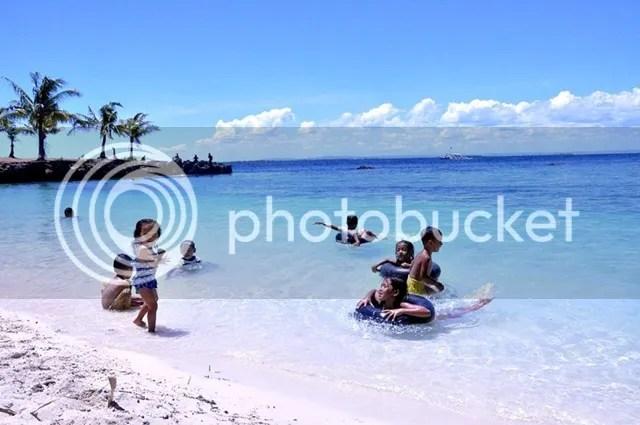 Kids summer beach outing