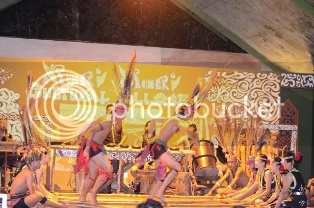 Mari Mari Cultural Village Dance