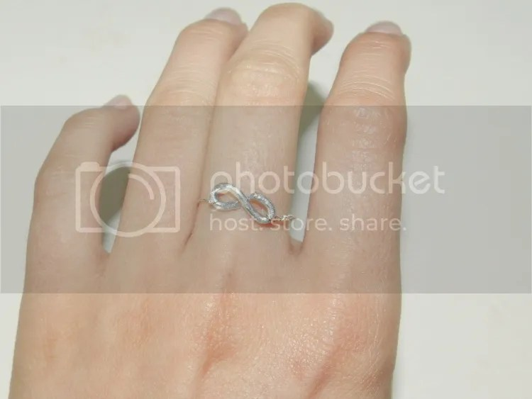 photo wired-rings-heart-eternity3.jpg