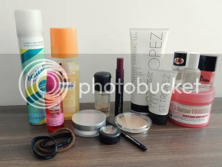 beauty, summer, hair, skin, nails, make up, essentials, self tan, 2013, blogger