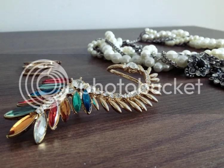 photo new-statement-jewelry3.jpg