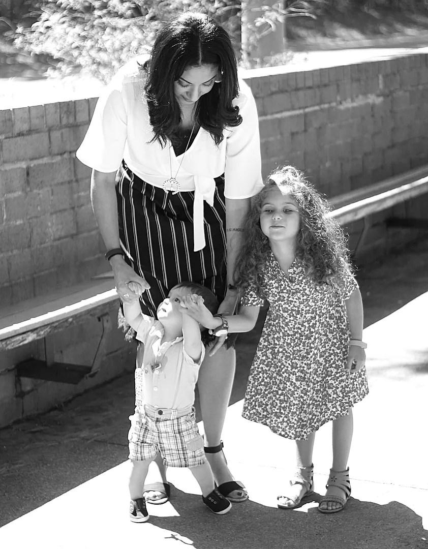 photo motherhood_zpscw3amk40.jpg