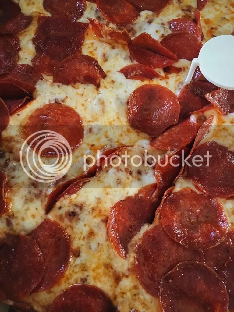 photo Delivered Pizza_zpszhsgi4or.jpg