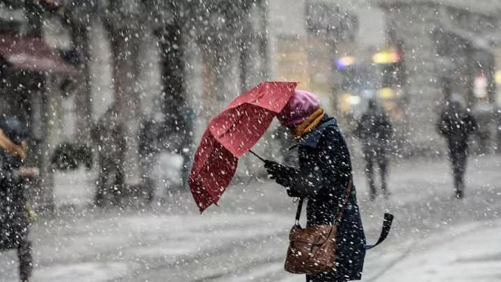 son dakika meteoroloji pes pese uyardi ankara ve istanbula kar geliyor 1610281732 3128 w720 h405