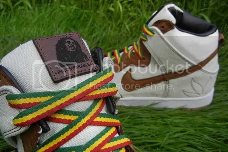 "NIKE SB DUNK HIGH ""BOB MARLEY"" CUSTOM photo JBF-Customs-Marley-Dunk-7_zpsd4dc94c6.jpg"