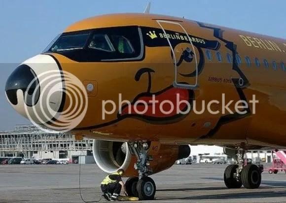 kapal terbang 8 [Gambar Menarik] Kapal Terbang Dengan Bodypaint Menarik