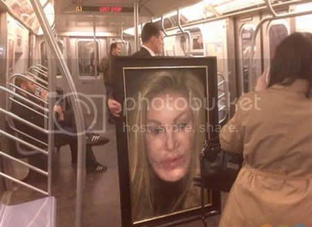strangepeopleintrain3 [Gambar Pelik] Orang Pelik Dalam Kereta Api