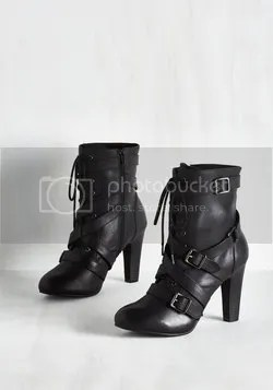 trendsetting the stage boots in black (modcloth)