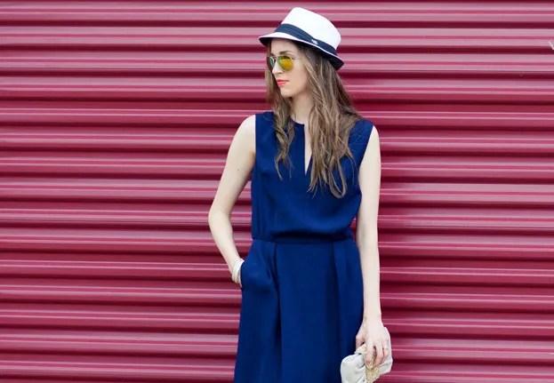 Laura Wears... white straw fedora, navy dress, beige sandals